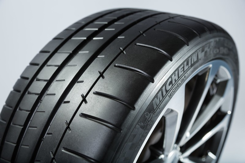 Michelin tires Cadillac CTS-V