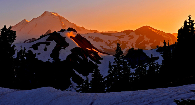 13 mt baker sunset 24x13