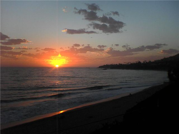 Sunset at Malibu Beach, CA<BR><BR>