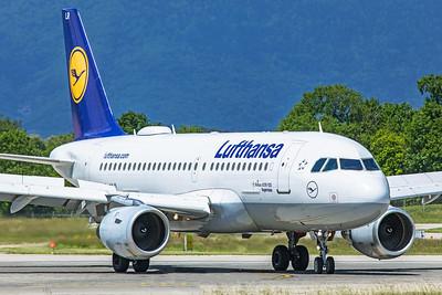 Lufthansa Airbus A319-114 D-AILR 5-22-19