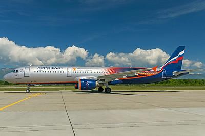 Aeroflot Airbus A321-211 VP-BTL 5-22-19