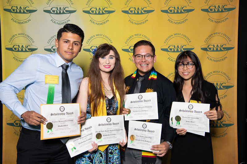 Scholarships-Awards-2018-9933
