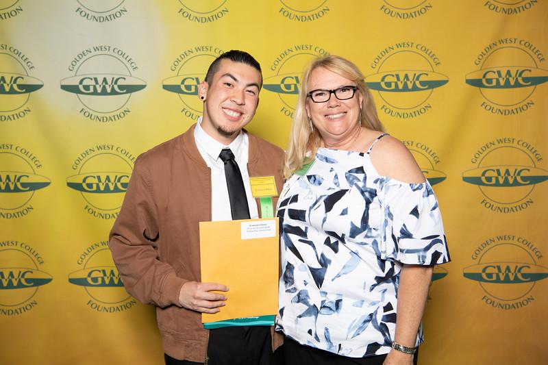 Scholarships-Awards-2018-9950