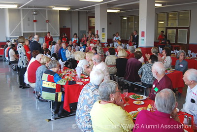 overall view of the cafeteria with 90 retired teachers