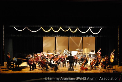 Intermediate/Advanced Orchestra conducted by student teacher James Dumlao