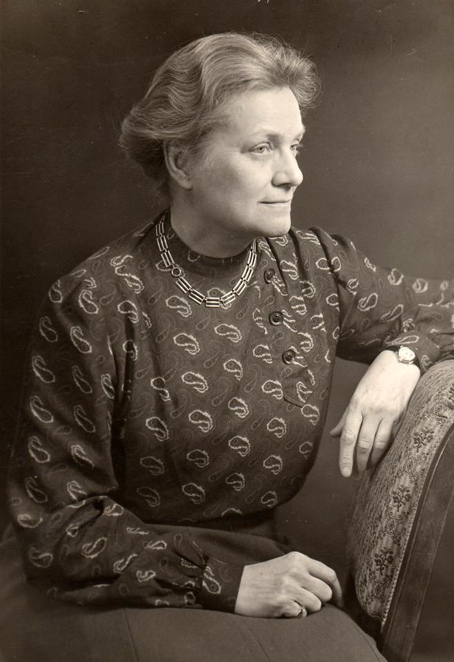 Dean Margaret Corwin, 1945