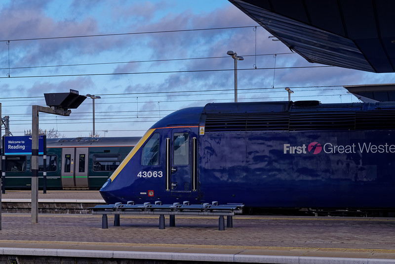 43063 at Reading Station with the 06:57 Plymouth - Paddington. 9th February 2019.