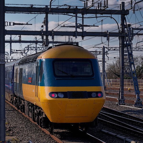 43002 leaves Reading on the rear of 1B46, the 14:45 Paddington - Swansea. <br /> 27th March 2019.