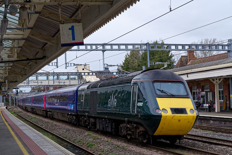 43092 passing through Newbury, on the rear of 1C78, the 11:03 Paddington - Plymouth, via Honiton. 8th March 2019.