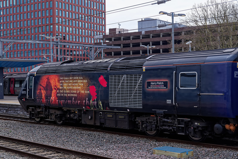 """43172 """"Harry Patch"""" departs from platform 7 at Reading on the rear of 1C79, <br /> the 11:03 Paddington - Plymouth. 23rd March 2019."""