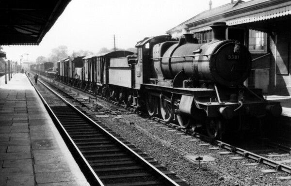 5381 at Warwick 1956 Churchward 4300 class