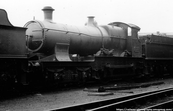 3348 Worcester shed July 1932 Dean 3300 Bulldog Class