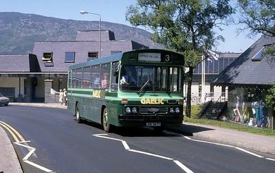 GaelicBus JGE347T Parade Fort William 1 Jun 88