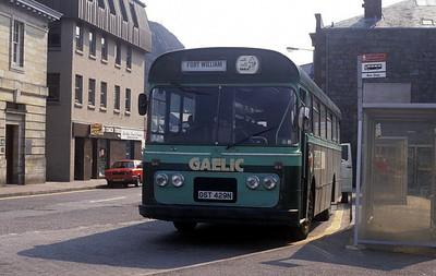 GaelicBus GST429N Railway Stn Oban Apr 91