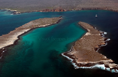Plazas Islands, Overflight Galapagos January 2001