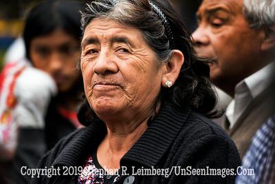 Woman in Quito Copyright 2020 Steve Leimberg UnSeenImages Com _DSC5330