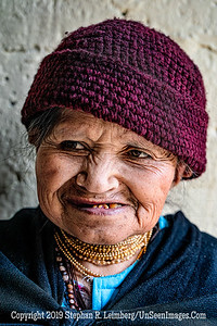 Smiling Lady Copyright 2020 Steve Leimberg UnSeenImages Com _DSC0687