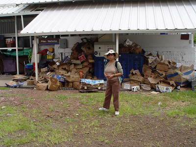 Myriam at the Recycling center