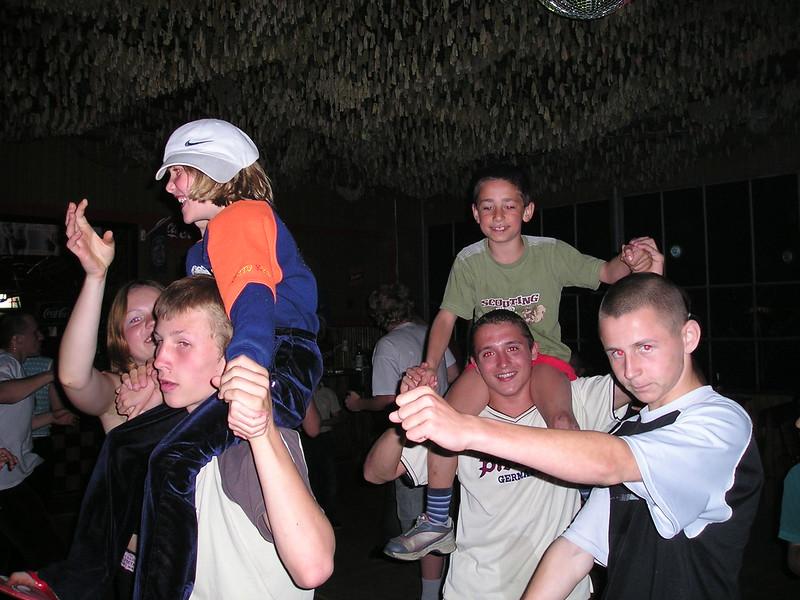 F. D. W. - 2004