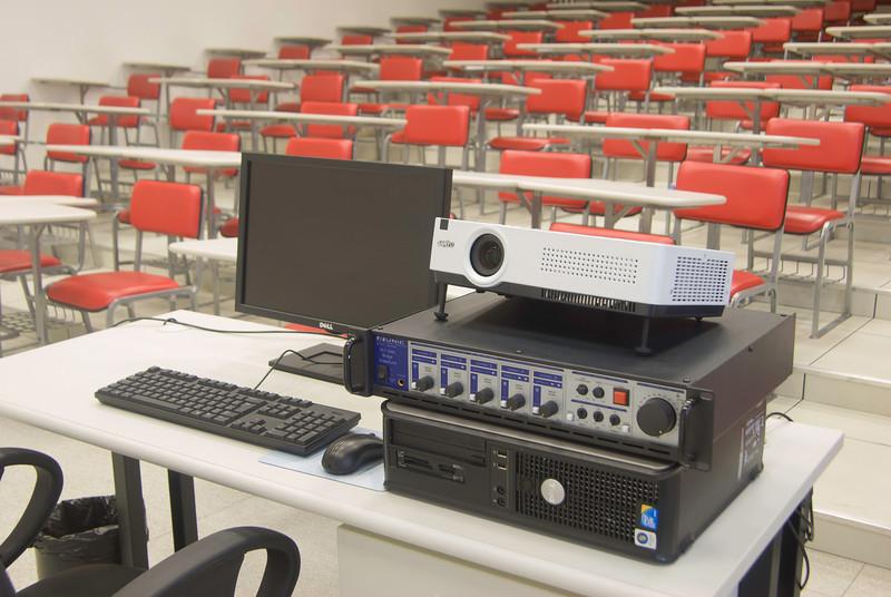 20101118-tuv-geris-universidade-ABC-0805-alta