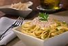 Fettuccine com azeitona e nozes