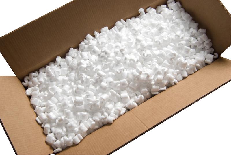 Caixa de papelão com isopor