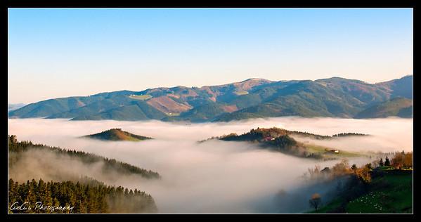 Niebla sobre el valle
