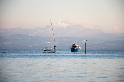 Boat meets boat, Friedrichshafen