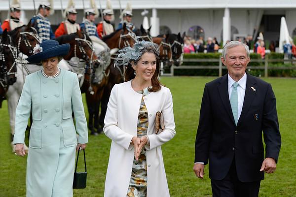 Prinzessin Benedikte zu Dänemark, Kronprinzessin Mary und Carl Meulenbergh beim CHIO in Aachen 2013