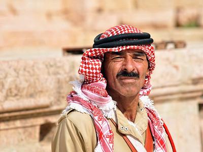 Musiker in Jerash (früher Gerasa). Die antike römische Provinzstadt Gerasa ist heute noch so gut erhalten, dass sie eine der Hauptattraktionen von Touristen in Jordanien ist.