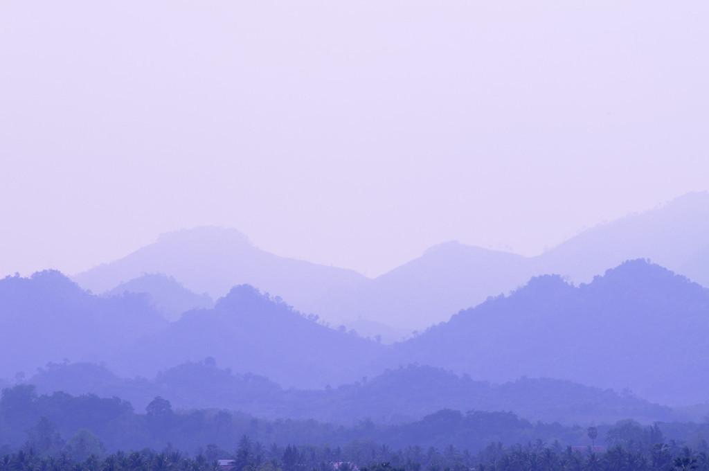 Blick ins Umland von Luang Prabang / Weißabgleich Kaltweißes Licht