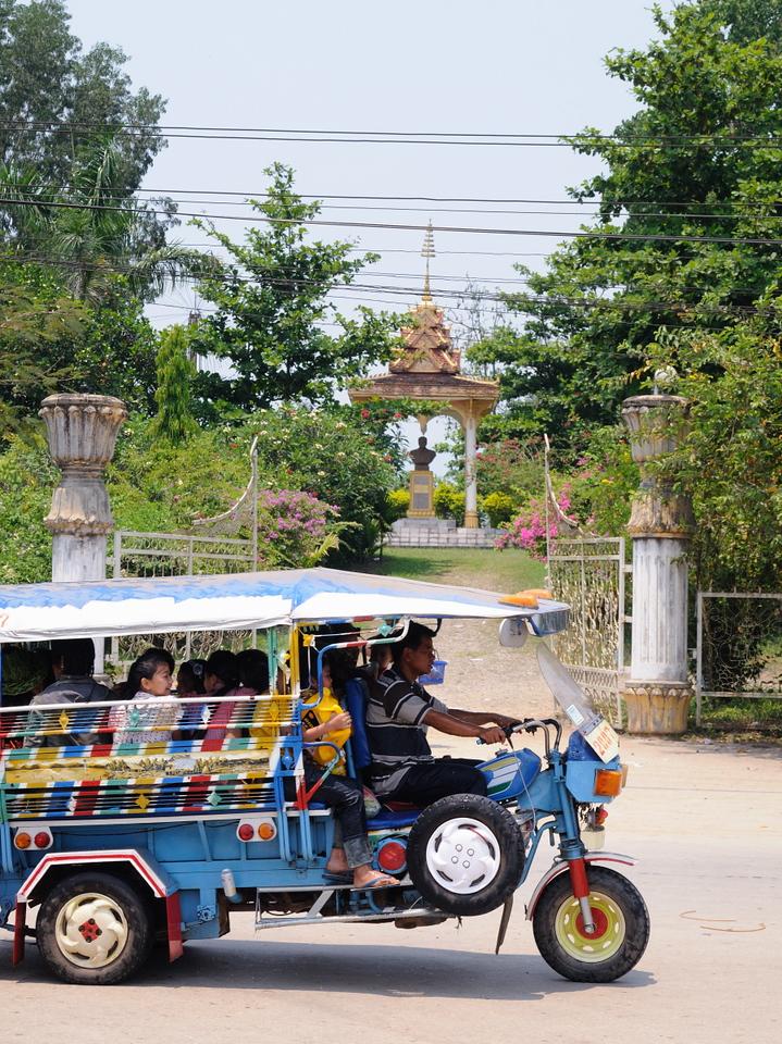 Tuk Tuk (Auto- oder Motorradrikscha in Südostasien)