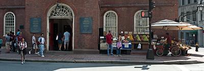 Gens dans les rues de Boston.