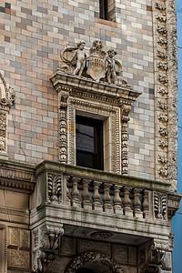 Balcon en brique.