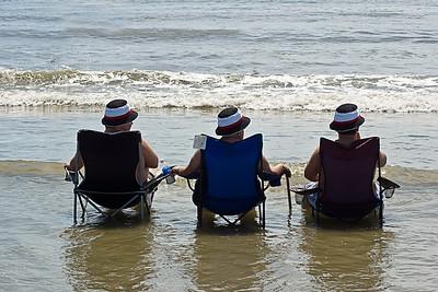 Famille au chapeau.