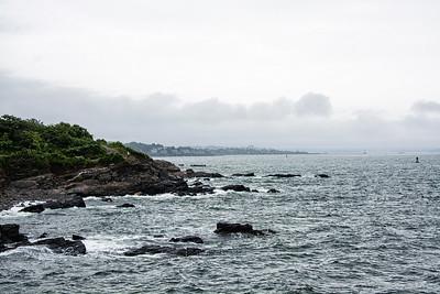 Rochers au bord de l'Atlantique.