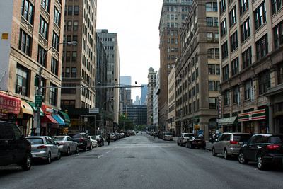Rue quasi déserte de New-York.