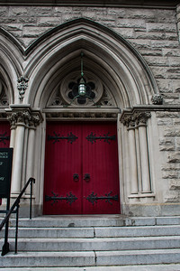 Portes de la Holy Trinity Lutheran Church.
