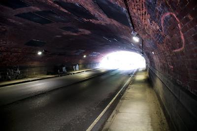 Tunnel de la 65th Street Transverse.