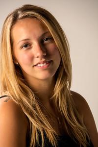 Portrait d'une jolie jeune femme.