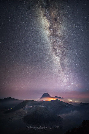 34/52 - Mount Bromo and the Milky Way