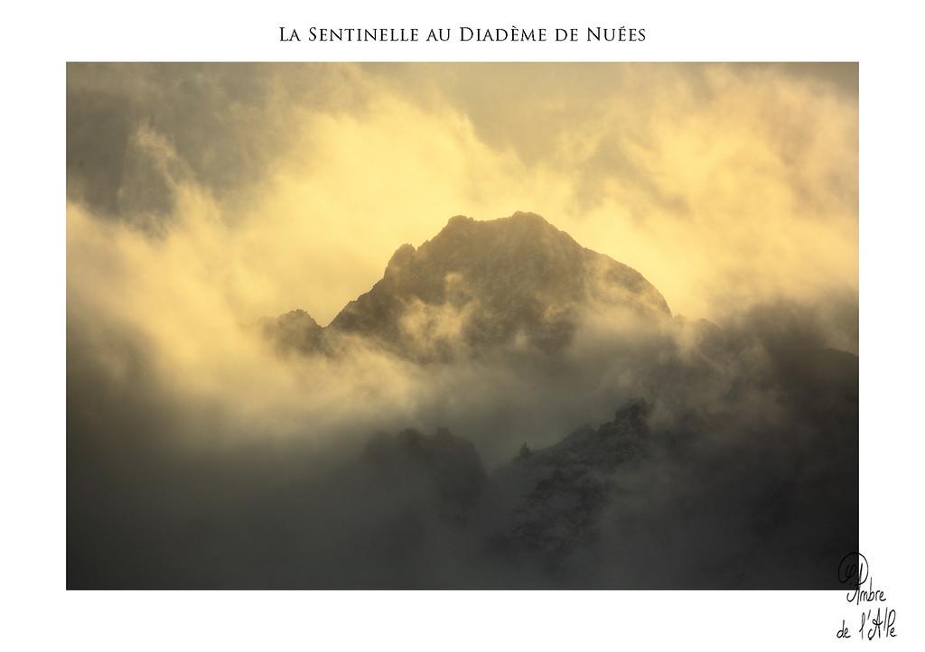 La Sentinelle au Diadème de Nuées
