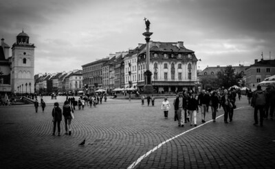 Crowded Castle Square in Old Warsaw, Poland