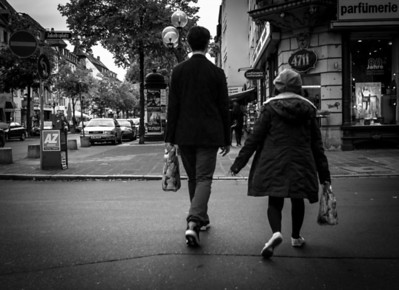 Two people walking, quite different, Nürnberg, Germany