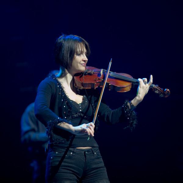 Concert.    I Muvrini  et les  500 Choristes,  du 10 mars 2008 à Strasbourg, France.
