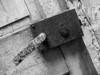 """<p><font size=""""4"""">La porte des souvenirs </font></p> <p><font size=""""1"""">The door of memories</font></p>"""
