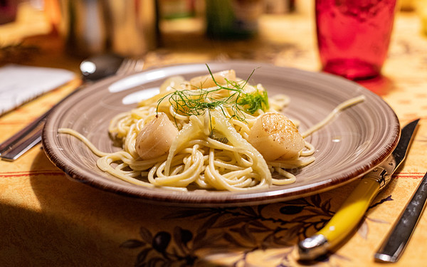 Spaghetti au fenouil et aux coquilles Saint-Jacques   Spaghetti with fennel and scallops