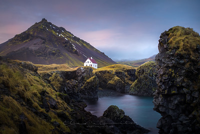 The house and the mountain
