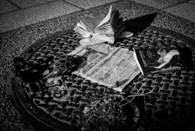 Montreal, Black and white, Man Hole, Book, Newspaper