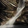 La cascade de la Mystérieuse...<br /> méconnue et pourtant si belle<br /> <br /> (malgré une absence de glace particulièrement remarquable à la mi janvier!!)<br /> enfin maintenant il parait que l'hiver est là...<br /> <br /> Copyright : Ambre de l'AlPe